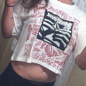NWT Volcom Crop Tshirt